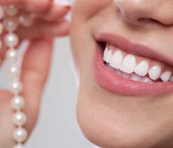 Dr.David Spilkia Dentist in Philadelphia discusses the benefits of Porcelain Veneers