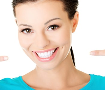 Dr.David Spilkia Cosmetic services available by Philadelphia practice to enhance the appearance of teeth