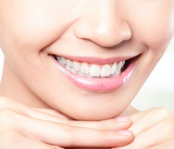 Dr.David Spilkia Philadelphia area dentist describes the benefits of placing a crown on a tooth