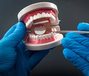 David Spilkia Family & Cosmetic Dentistry offers full and partial dentures for patients in Philadelphia, PA.
