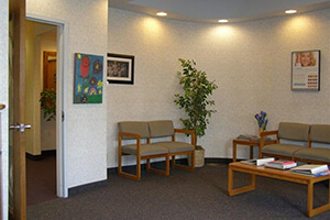 Waiting are aof David Spilkia Family and Cosmetic Dentistry